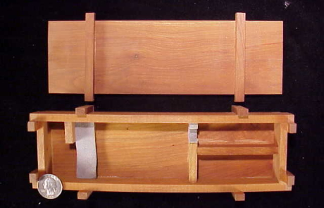 Miniart quarter M-1 Thompson crate-1