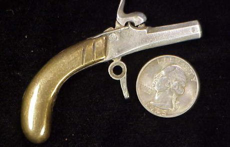Alfred Lins Antique Muff Pistol-1