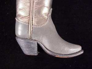 hojem-gold-gray-boots-7