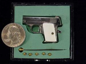 Urso Colt .25 auto-15