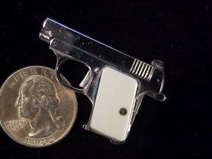 Urso Colt .25 auto-2