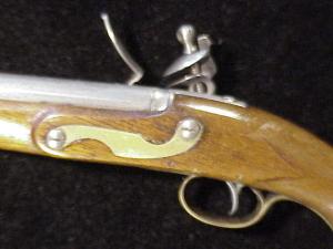 Antique British flintlock martial pistol-14