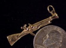 Gold blunderbus charm-1