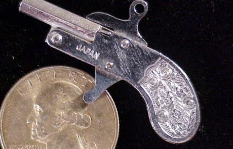 Japan Berloque J2a-1