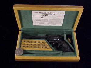 Uberti Colt SAA HR grip 3099-2