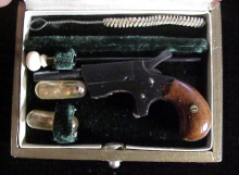 Weston 2mm RF BelMex red cs & acc-2