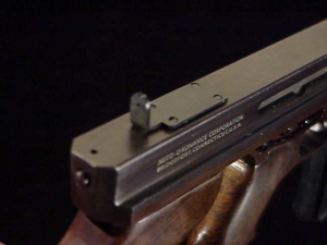 Miniart 3rd M-1 Thompson ES-25-16