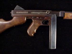 Miniart 3rd M1-A1 Thompson ES-26-11