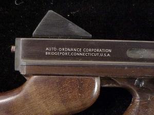 Miniart 3rd M1-A1 Thompson ES-26-12