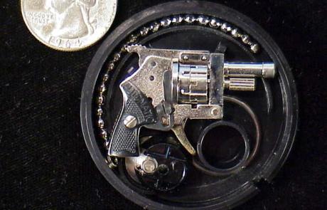 Xythos revolver round cased set KD-25-1