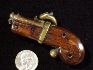 Japanese Netsuke matchlock pistol RN-7-10
