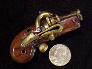 Japanese Netsuke matchlock pistol RN-7-3