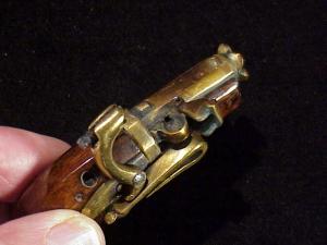 Japanese Netsuke matchlock pistol RN-7-5