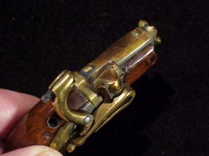 Japanese Netsuke matchlock pistol RN-7-6