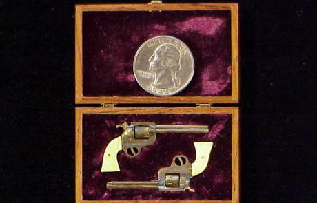Doll house revolver pair-2